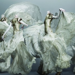 "Alexander McQueen's ""Savage Beauty"""
